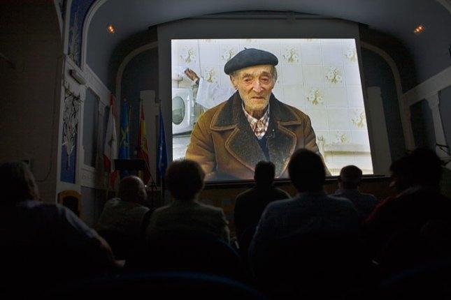 """Proyección del documental """"El últimu Chalgueiru"""". © Miki López"""