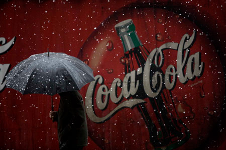 Camión de Cocacola. Oviedo, 9 de febrero de 2009. © Miki López