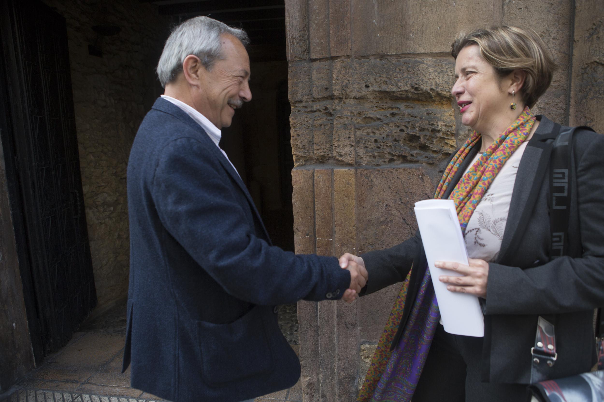 Wenceslao López y Ana Taboada.  © Miki López/La Nueva España
